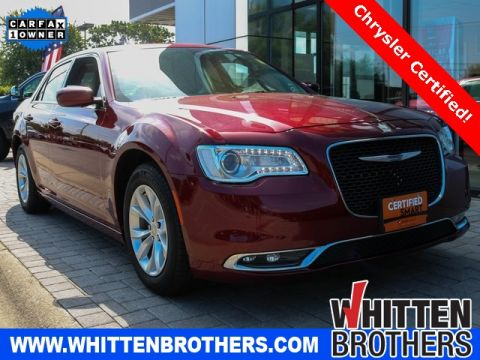 PRE-OWNED 2016 CHRYSLER 300 LIMITED RWD 4D SEDAN