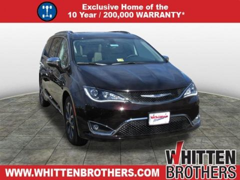 NEW 2017 CHRYSLER PACIFICA LIMITED WITH NAVIGATION